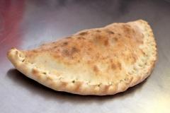 CALZONE plněná pizza