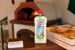 MLEKO Z FARMY Pizzerie colore vita